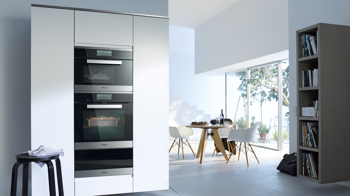 Miele Arranging Appliances 3 Niche Vertical