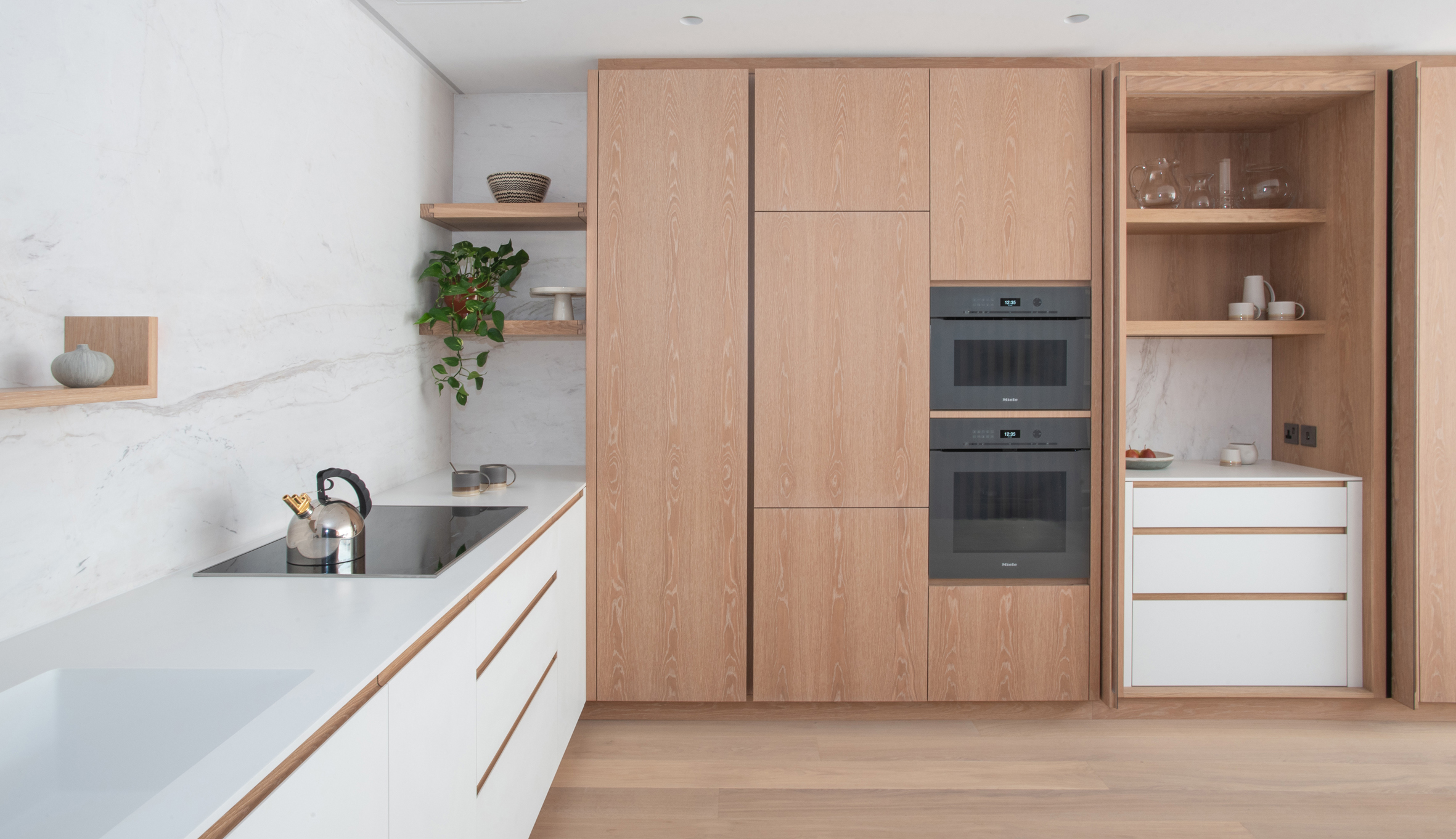 Miele Jack Trench Pocket Doors Open