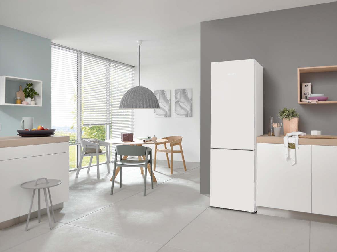 Miele Seven of the best - KFN28132ws Fridge
