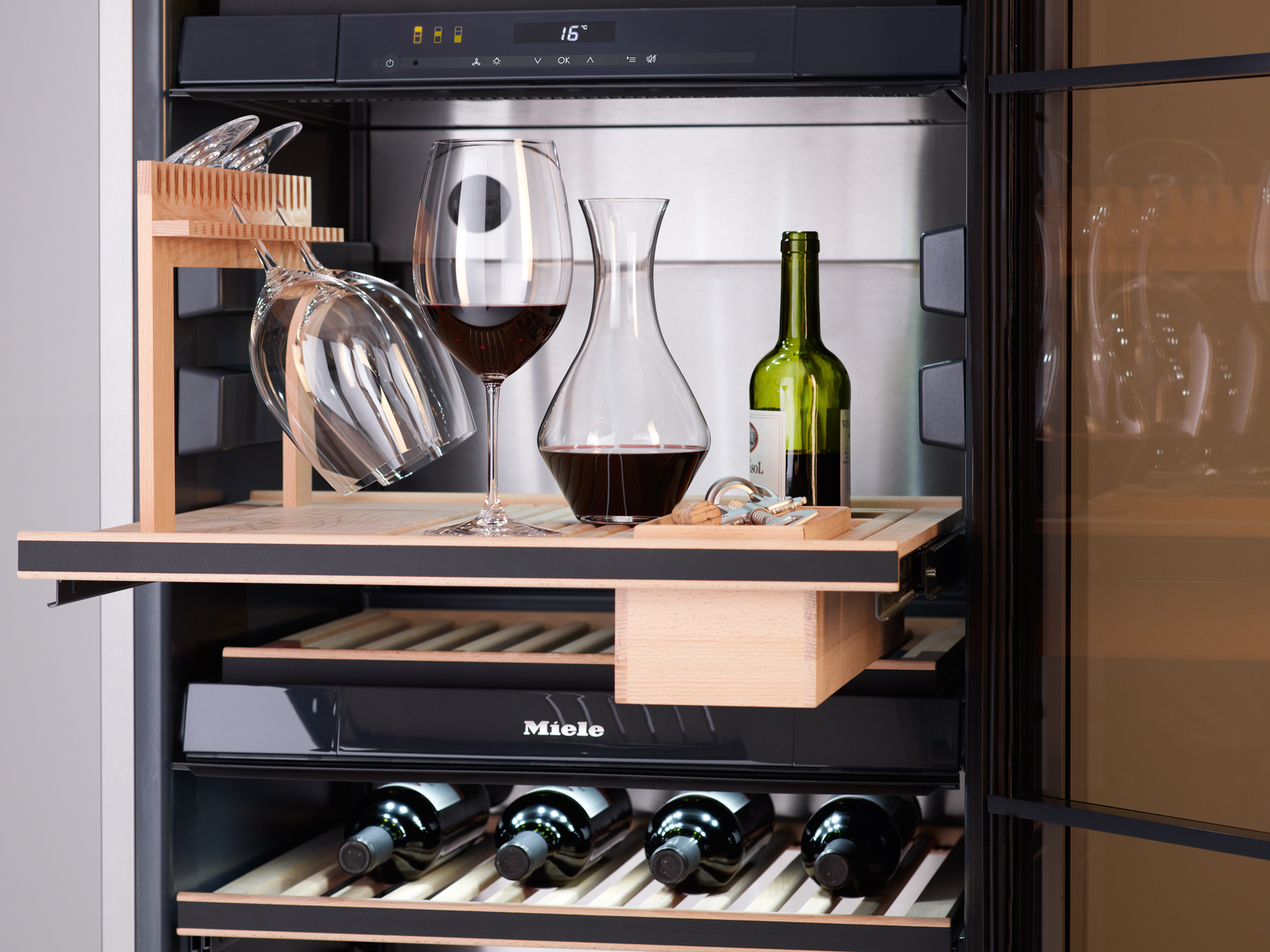 Miele Six of the best for entertaining wine