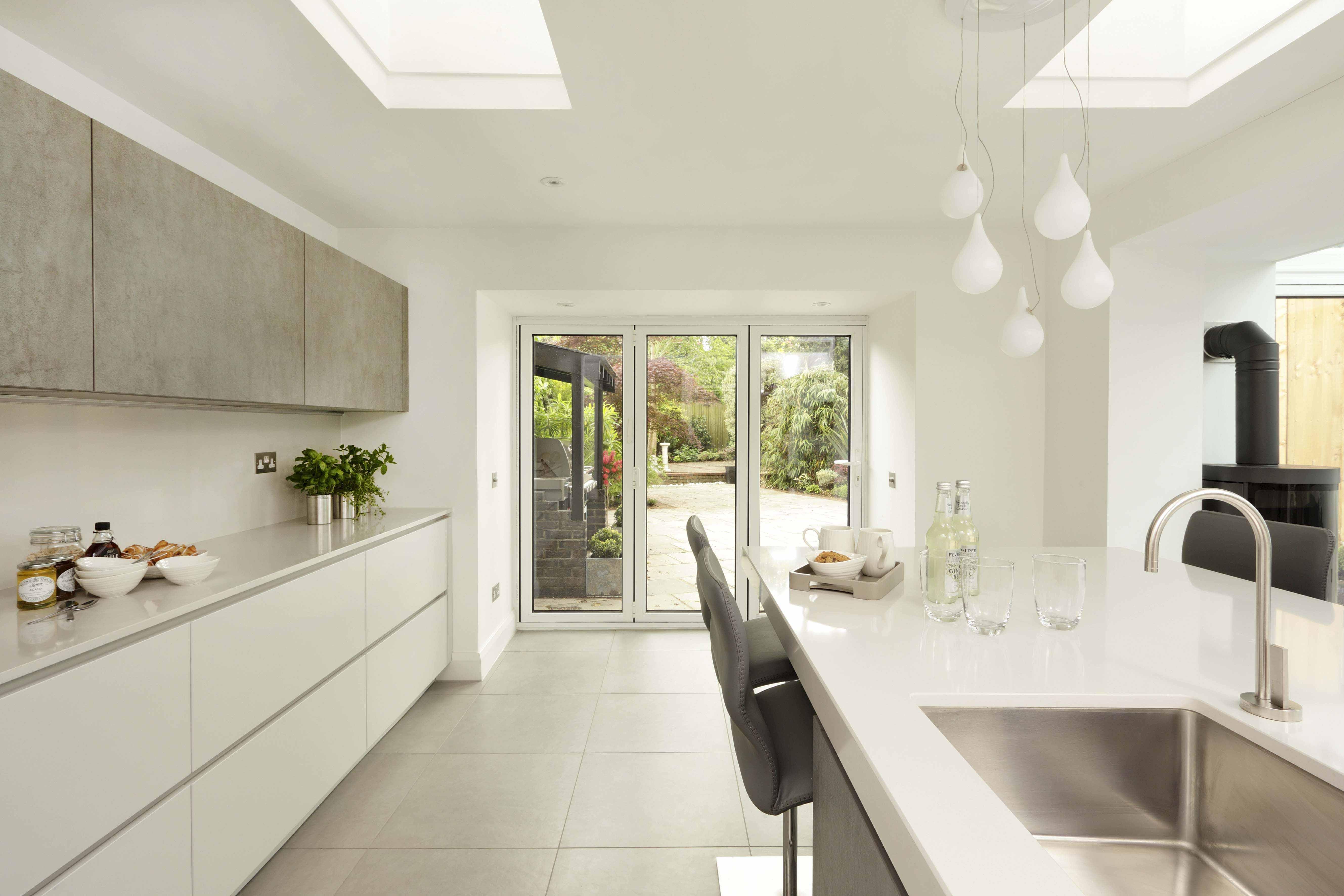 A look round a stylish family friendly kitchen der kern for Miele kitchen designs