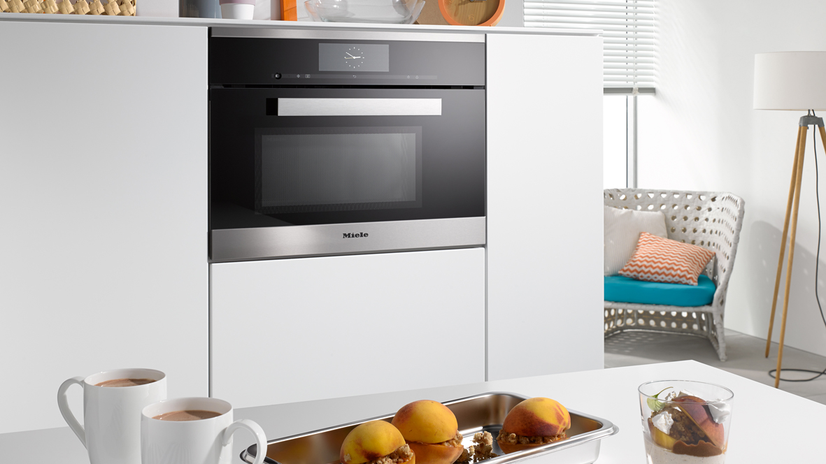 Miele Compact Appliances DGM 6800 Steam Oven w Microwave
