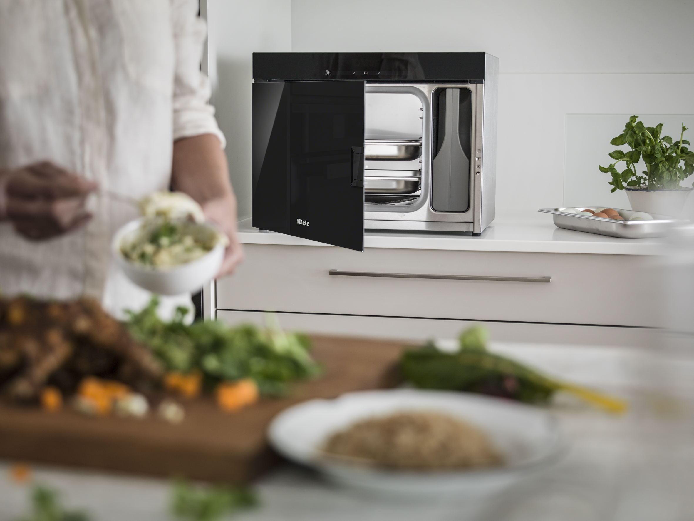 Miele Three Ways Veg Freestanding Steam