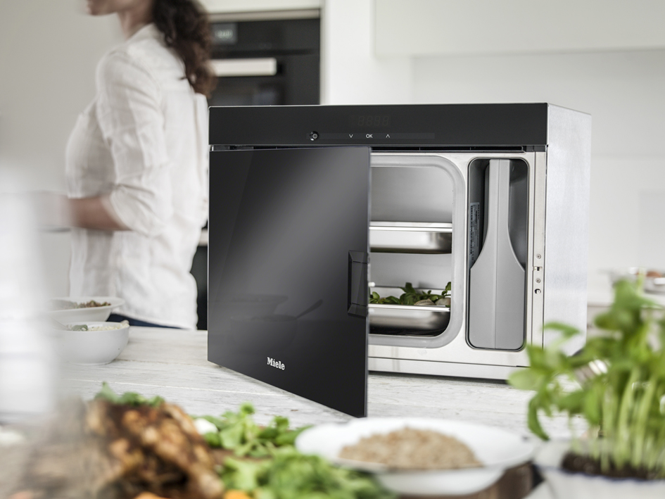 Miele Freestanding Steam Oven Close Up