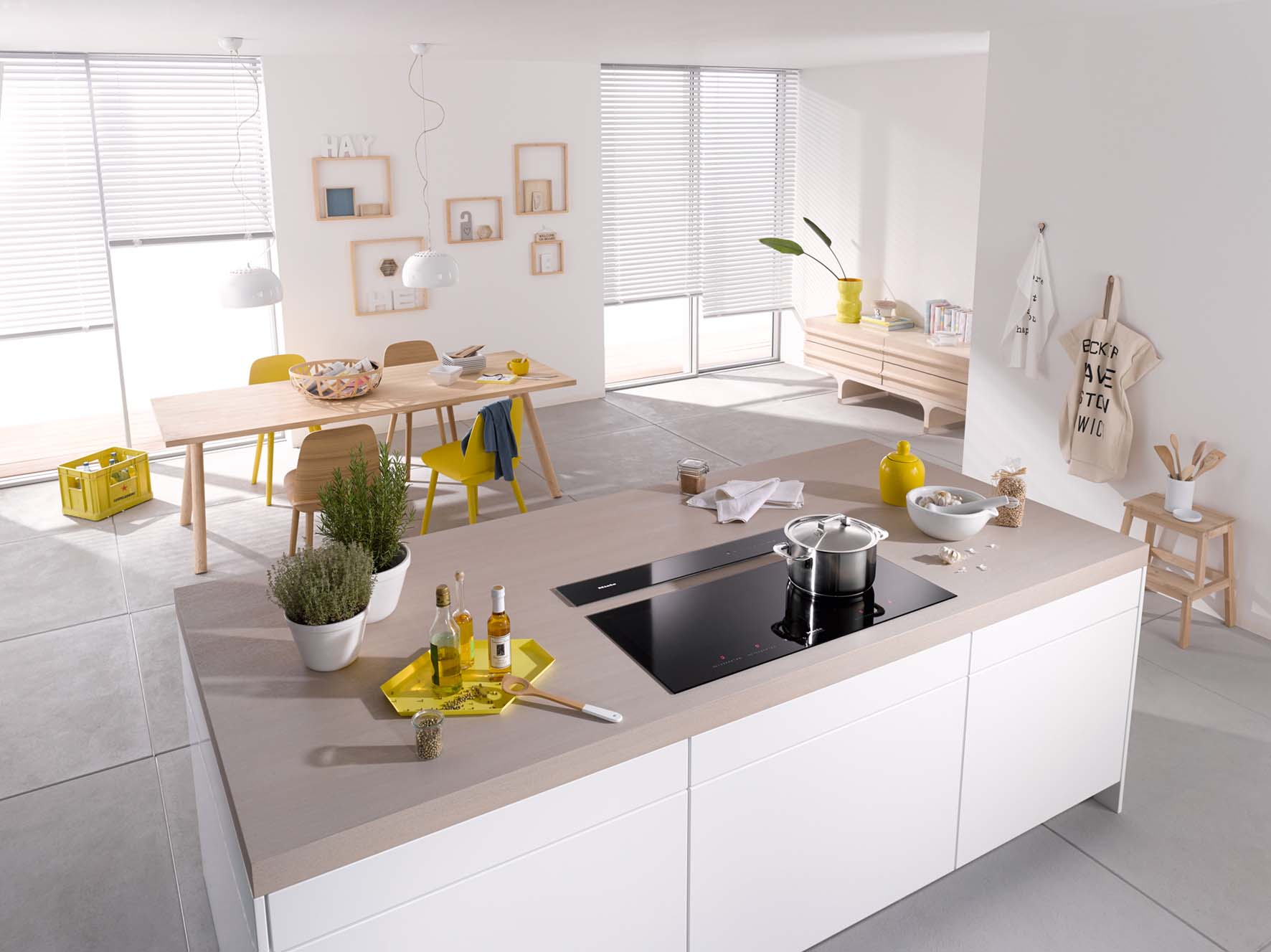 Six of the best kitchen island appliances der kern by miele for Miele kitchen designs
