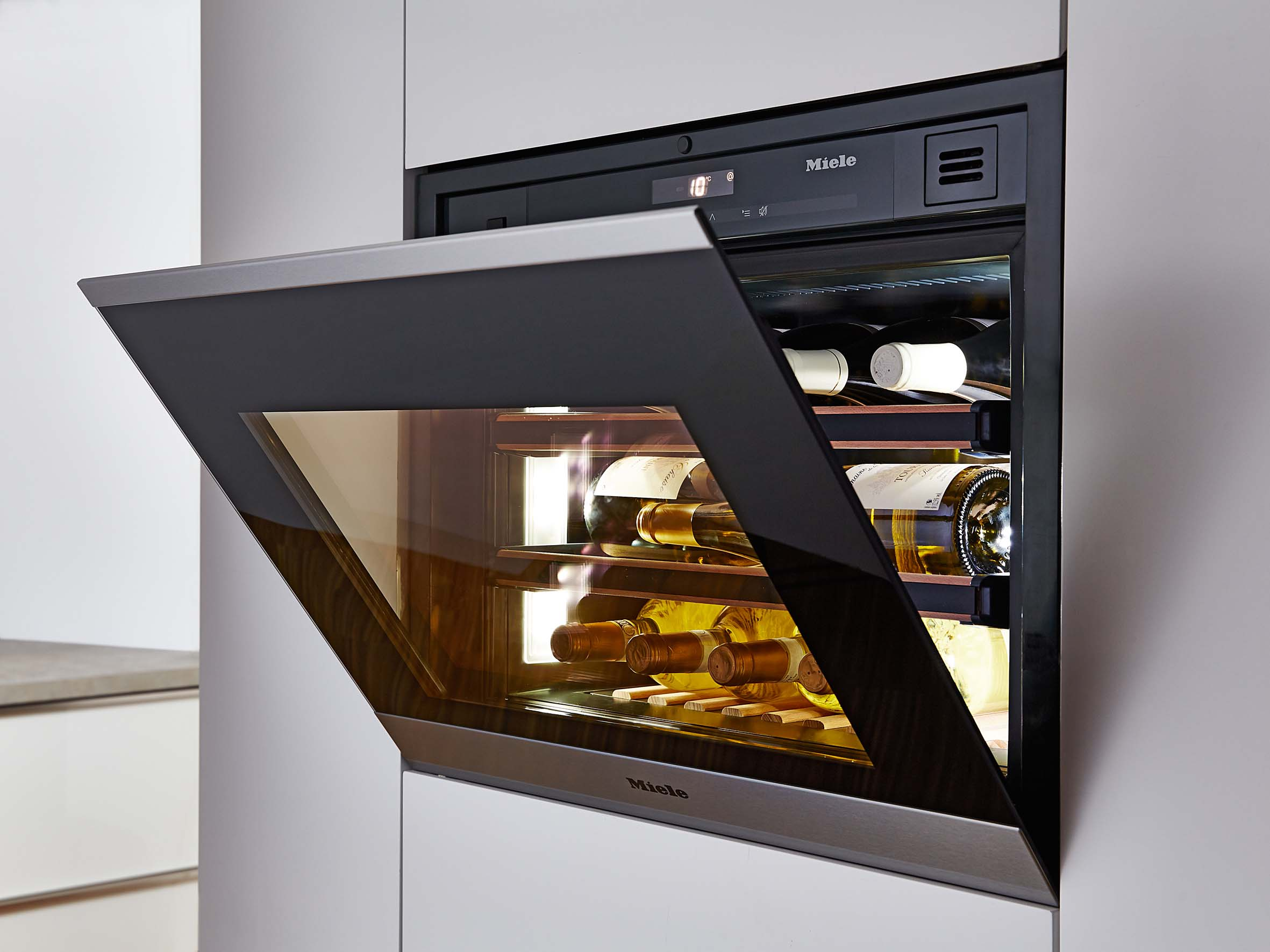 Miele KWT 6112 iG ed/cs Built-in Wine Conditioning Unit